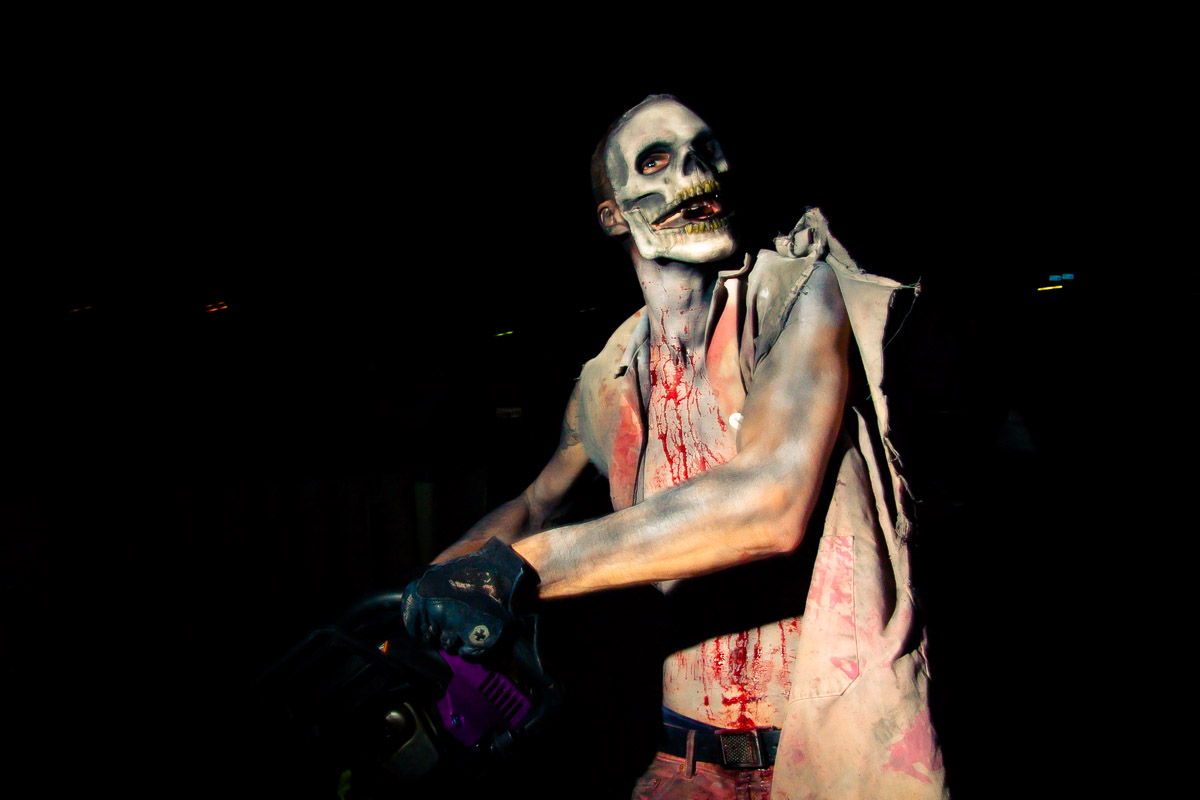 Haunted House Chainsaw Guy